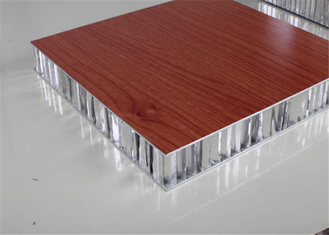 China Insulated Honeycomb Aluminum Panels For Roof Ceiling Sheet AAMA Certification supplier
